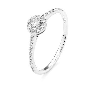 Bague diamants et entourage diamants
